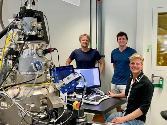 蔡司显微镜案例-在二维半导体材料中设计原子缺陷
