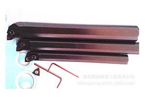 仿形车刀在行星式塑料管材切割机中的应用