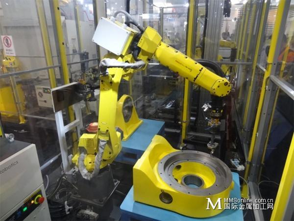 FANUC携数控机床 机器人 CNC完美落幕2015 CIMT机床展