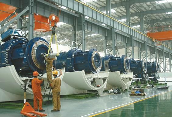 5兆瓦风电机组装配现场