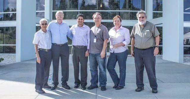 3D Systems公司由Chuck Hull共同创建,成为世界首家3D打印公司.jpg
