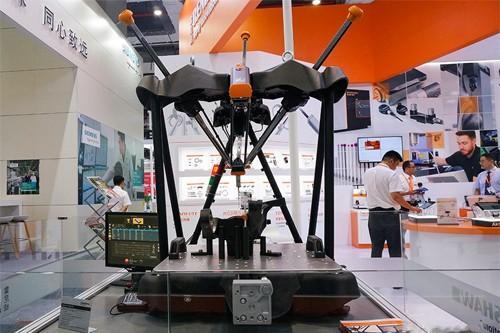 精彩回顾|雷尼绍携全新Equator500比对仪亮相上海工博会,共享工业盛宴