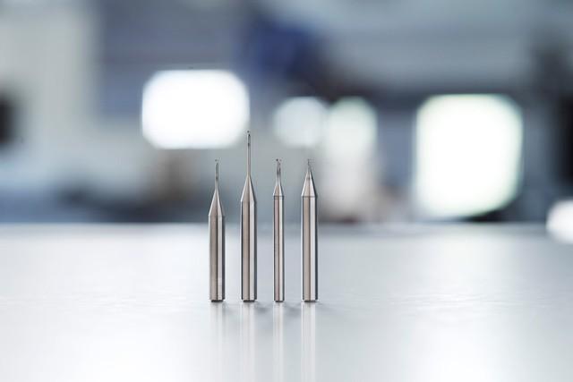 山高 Jabro®-Mini JM500 微型立铣刀,显著提高微加工性能